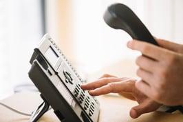 numero-marcacion-hombre-telefono